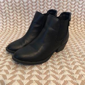 Shoes - Black Bootie